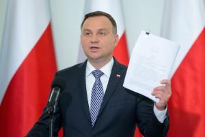 Prezydent zapowiada podpisanie ustawy o wydatkach na armię