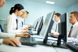 Rząd może namieszać w umowach o pracę i urlopach
