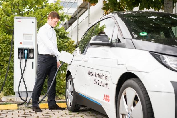 Nowe stacje do ładowania elektrycznych aut przy niemieckich autostradach
