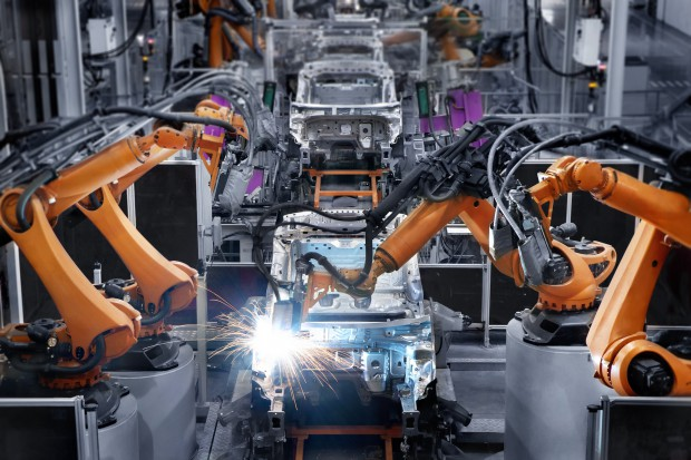 Motoryzacja, przemysł kosmiczny, farmaceutyczny najlepiej wdrażają Industry 4.0