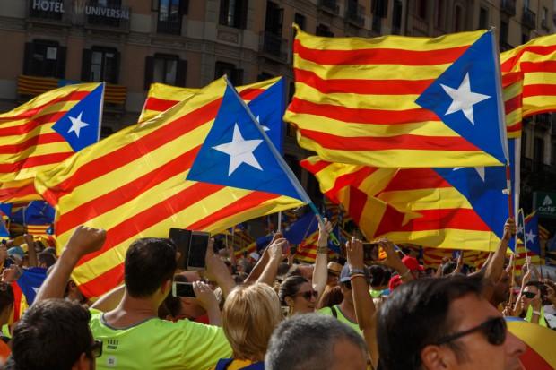 Kryzys w Katalonii zuboży Hiszpanię o miliardy euro