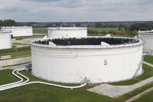 Operator naftowy blisko porozumienia ze stroną społeczną