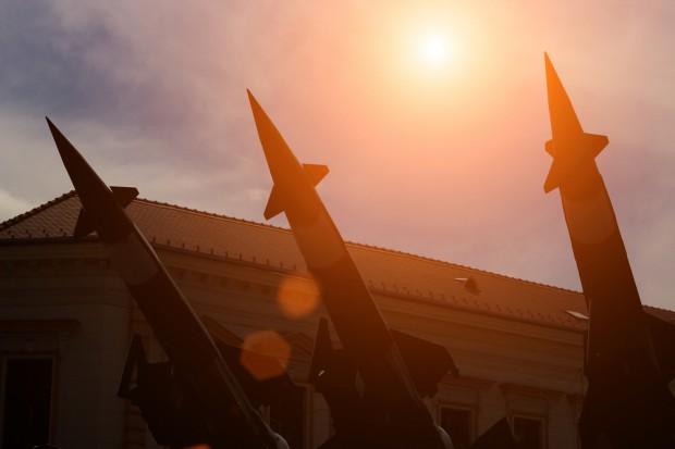 Iran dostaje tajną technologię jądrową od Korei Północnej za miliardy dol.