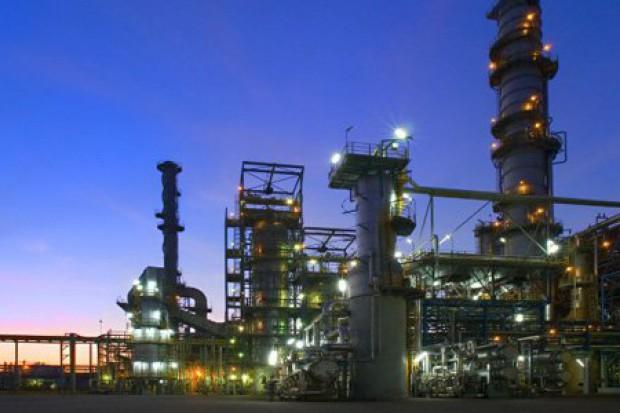 Orlen utrzymał wysoką marżę rafineryjną