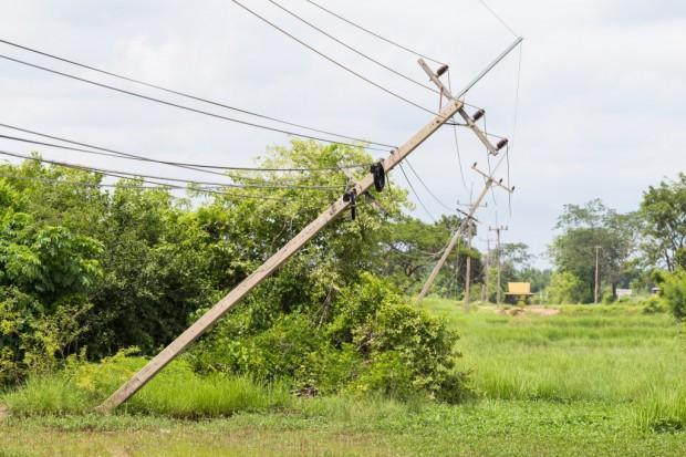 Energetycy przywrócili zasilanie do 100 tys. klientów