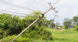 Sztormowa pogoda na wybrzeżu spowodowała znaczne straty w sieci energetycznej