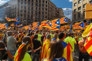 Exodus firm z Katalonii. Cena za referendum