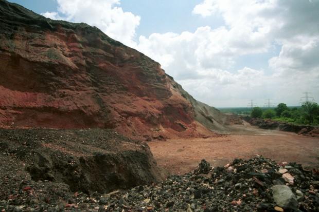 NIK alarmuje: hałdy górnicze wciąż nierozwiązanym problemem