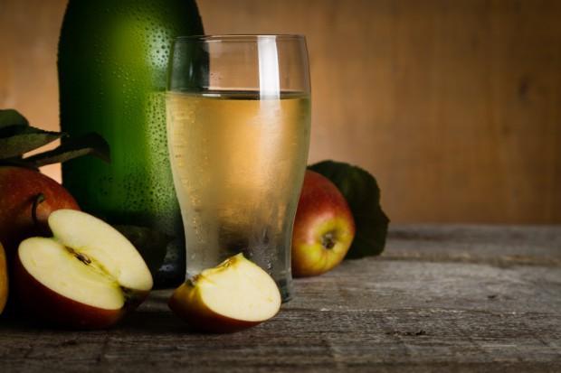 Akcyza i banderole to nie jedyne problemy branży winiarskiej