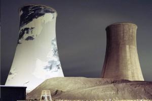 Zakończyła się rozbiórka 225-metrowego komina elektrociepłowni w Krakowie