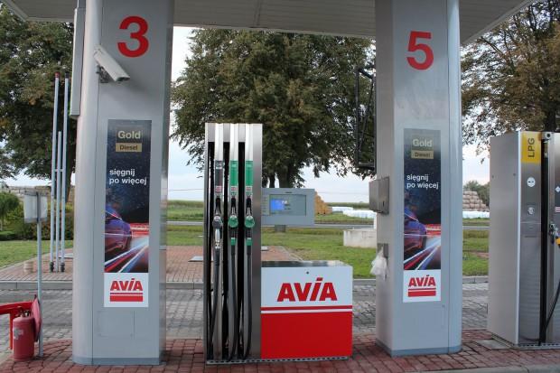 Niezależne sieci stacji coraz częściej stawiają na paliwa premium