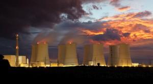 Energetyka jądrowa w Polsce: Jeden krok do przodu, dwa kroki w tył
