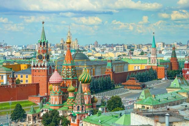 Marek Kamiński  dotarł do Moskwy w drodze autem elektrycznym do Japonii