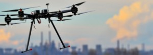 Drony z miotaczem ognia pomocne w energetyce