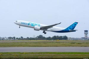 Pierwszy lot nowego, dużego Airbusa