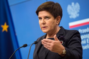 """PESCO, czyli unijna wizja obronności tylko """"na równych zasadach"""""""
