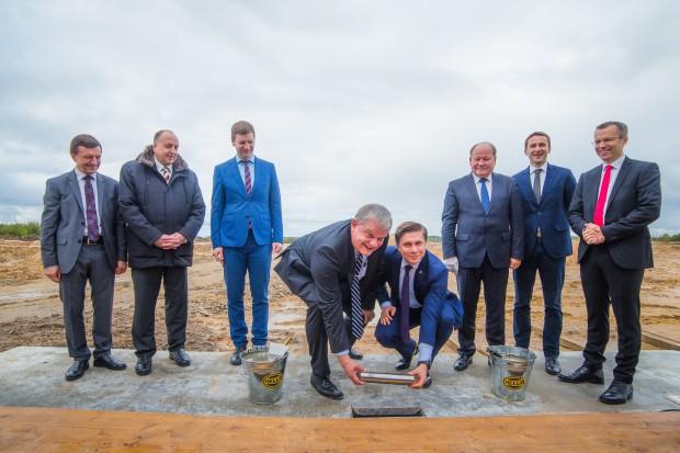 Hella rozpoczęła budowę fabryki na Litwie