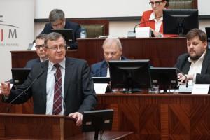 Rząd dostał w Katowicach poparcie ws. pakietu zimowego