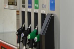 Cicha rewolucja na stacjach paliw. Wszyscy kierowcy muszą się oswoić