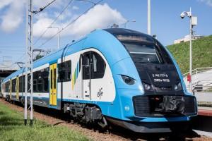 Samorządy wydają setki milionów na nowe pociągi i tramwaje. Zobacz, co jest na topie
