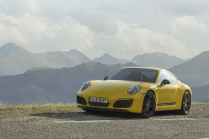 Wychodzi jeszcze szybsza wersja Porsche Carrera