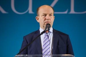 Zadłużenie Polski może pokrzyżować ważne plany ministra