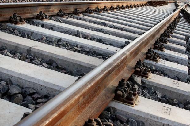 Podróż koleją z Warszawy do Białegostoku krótsza niż dwie godziny - w 2021 r.