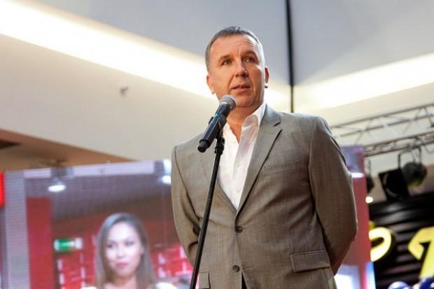 Michał Sołowow ściąga Synthos z GPW