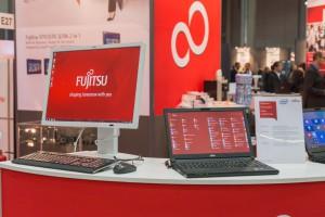 Lenovo za 245 mld dol. wykupuje oddział produkcji PC Fujitsu