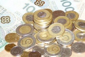Państwo zaoszczędzi pół miliarda złotych. PiS spełnia swoją obietnicę