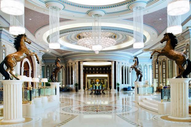 Hotel Ritz Carlton w Rijadzie luksusowym aresztem domowym
