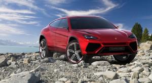 Nowy SUV Lamborghini szaleje na pustyni [video]