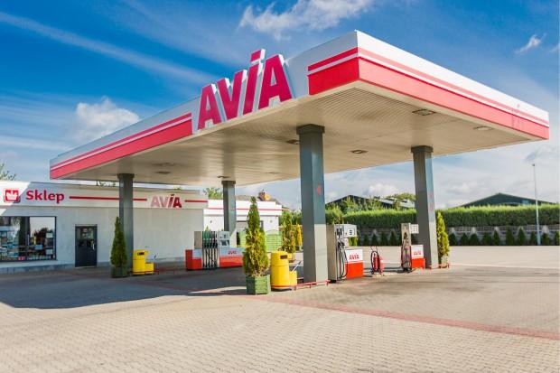 Unimot zbuduje sieć stacji paliw Avia na Ukrainie