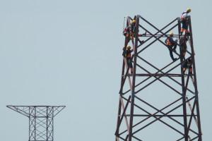 Cena wciąż rządzi w przetargach Polskich Sieci Elektroenergetycznych