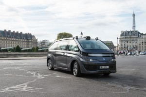 Navya przetestuje elektryczne taksówki w Paryżu