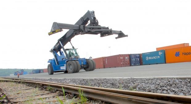 Rośnie liczba pociągów kontenerowych z Chin do Europy, tylko tego nie wykorzystujemy