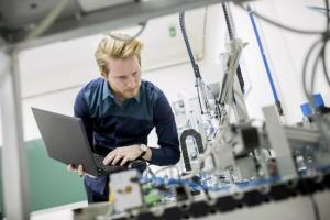 Eurostat: październikowy wzrost produkcji przemysłowej w Polsce