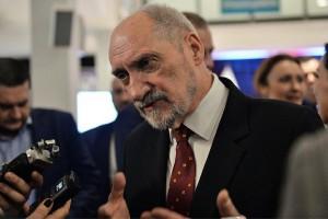 Macierewicz nt. swojej obecności w rządzie Morawieckiego: poczekajmy na zaprzysiężenie
