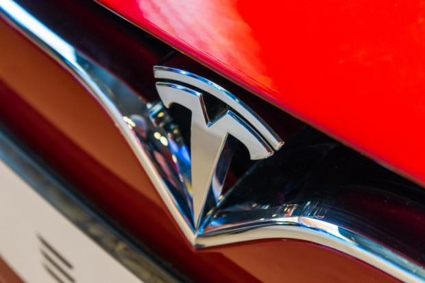 Tesla Model 3 bije kolejne rekordy