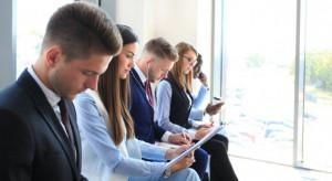 W dobie niskiego bezrobocia biznesu skazany jest na współpracę z samorządem