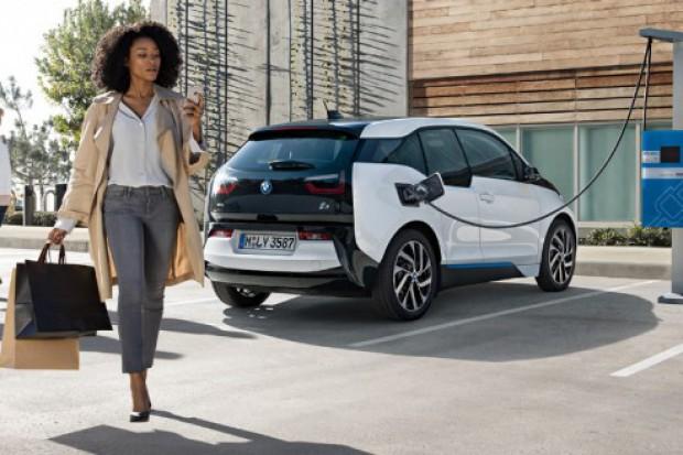 BMW planuje podwoić sprzedaż samochodów elektrycznych i hybryd do 2019 r.