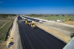 Rząd chciał oszczędzić na inwestycji drogowej. Może dostać mniej za więcej