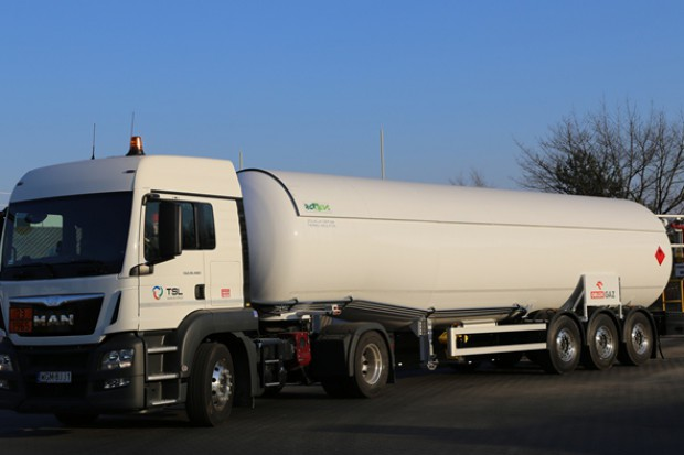 Import paliw rośnie trzy razy szybciej niż zużycie ogółem