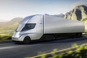 Czy elektryczna ciężarówka Tesla Semi przyjmie się w Polsce? Oto analiza