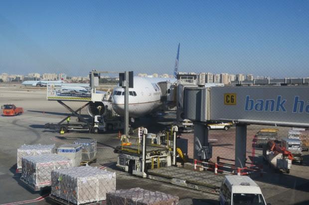 Izrael. Załoga lotniska im. Bena Guriona w Tel Avivie będzie strajkować