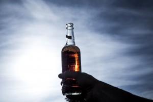Polacy piją tyle samo, co 30 lat temu. Jaruzelski jednak miał rację?
