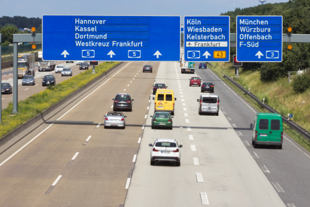 Tachografy do 100 tys. mniejszych aut i busów