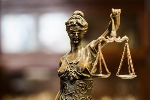 Były wiceszef nadzoru finansowego wierzy, że sąd oczyści go z zarzutów