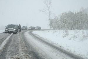Groźny orkan paraliżuje transport w Europie. Dotrze też do Polski