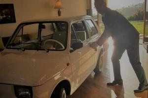 Tom Hanks odebrał kluczyki do własnego Fiata 126p z Polski